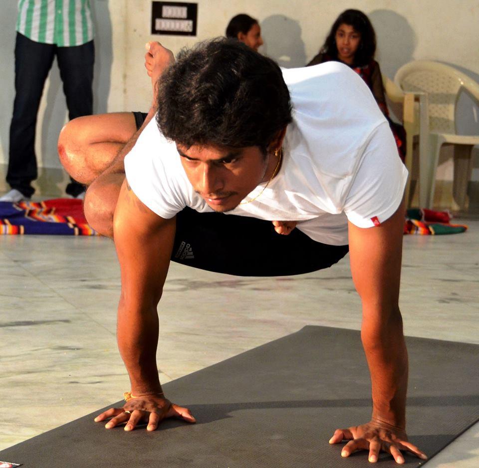 Единение с природой йога